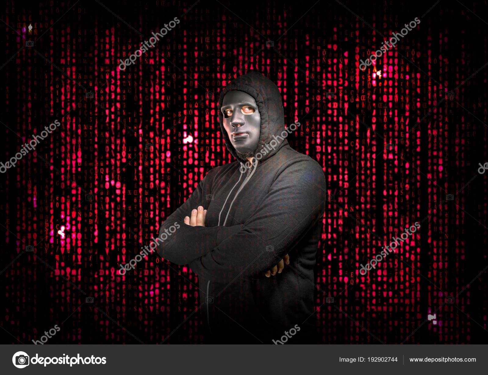 Una Dietro Stile Matrix Hacker Braccia Maschera Con Incrociate lFTKJ31c