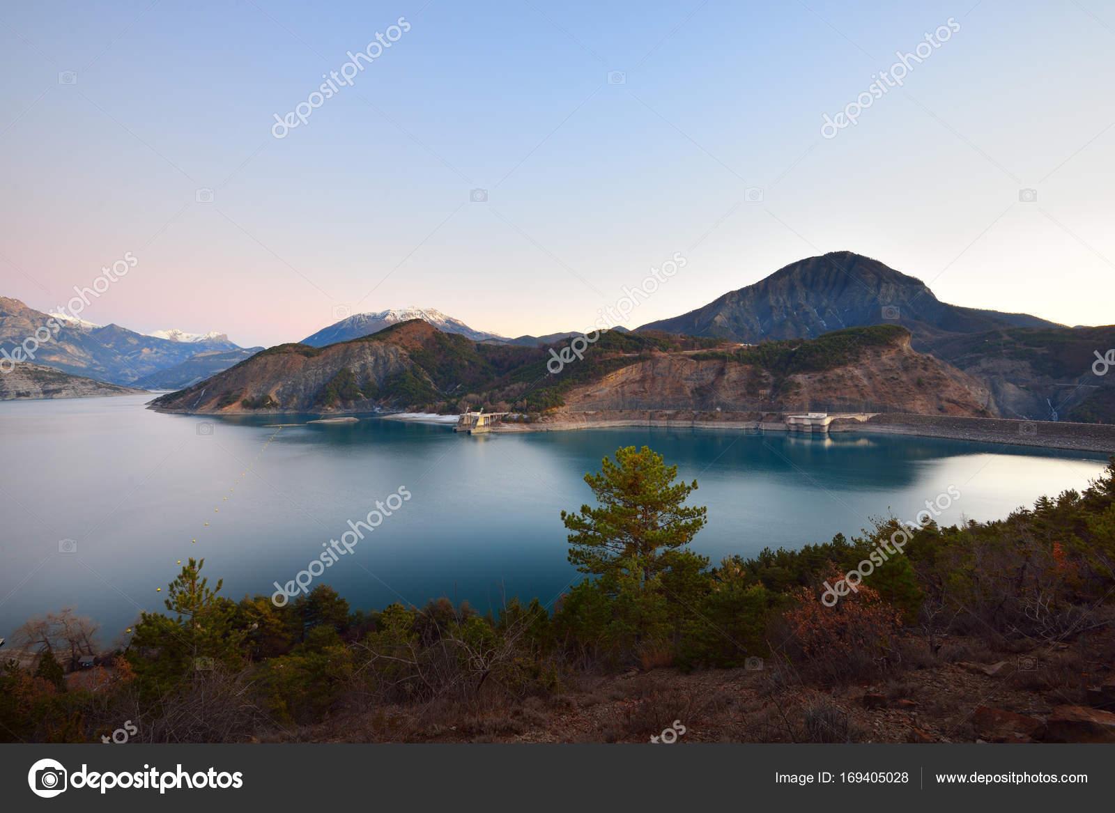 Lac Serre Poncon : Côté lac