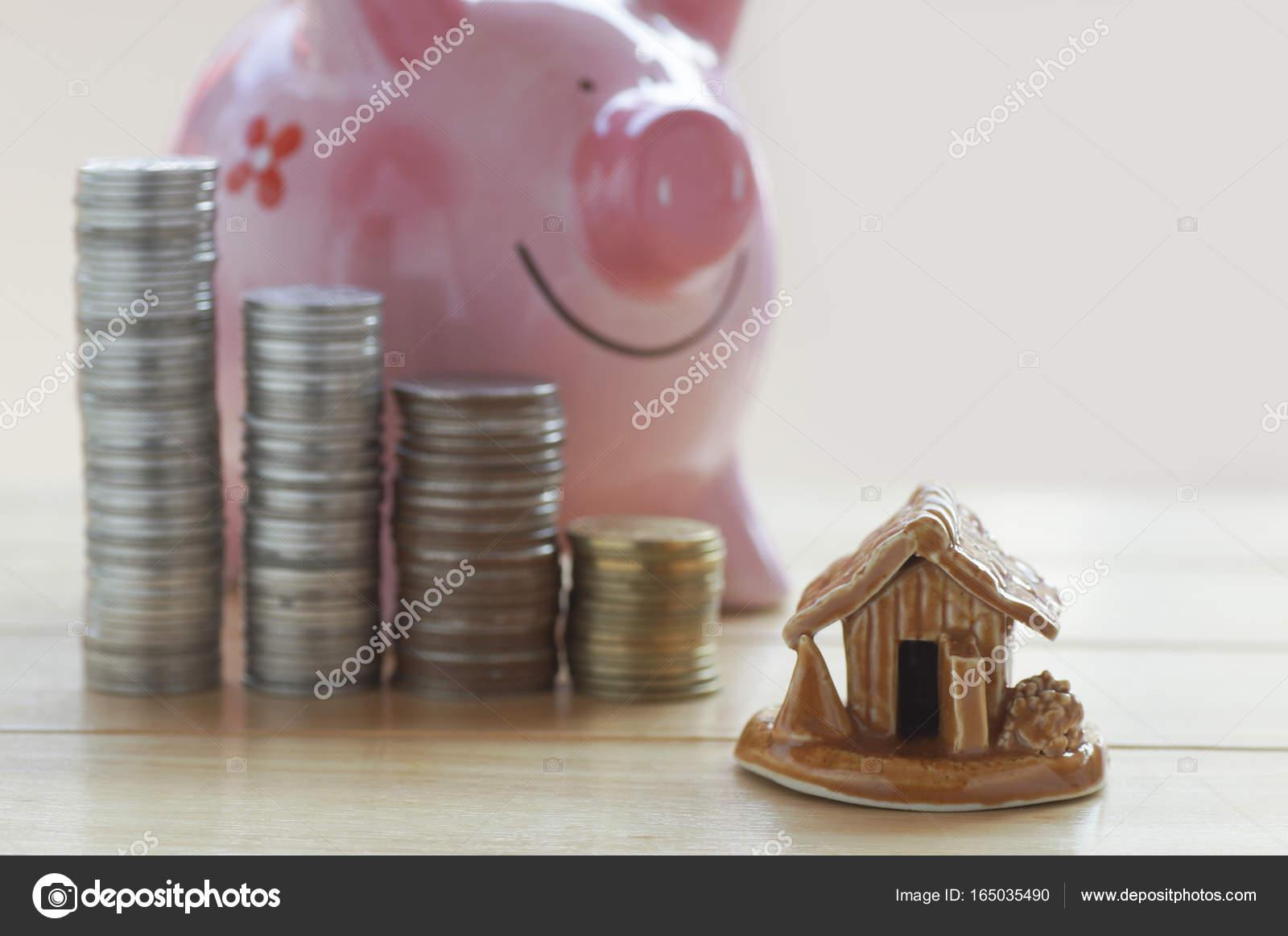 tas de pièces et d'accueil, concept dans les finances de l'assemblée