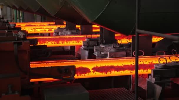 Slévárna železa. Kontinuální odlévací stroj. Výroba ocelových sochorů
