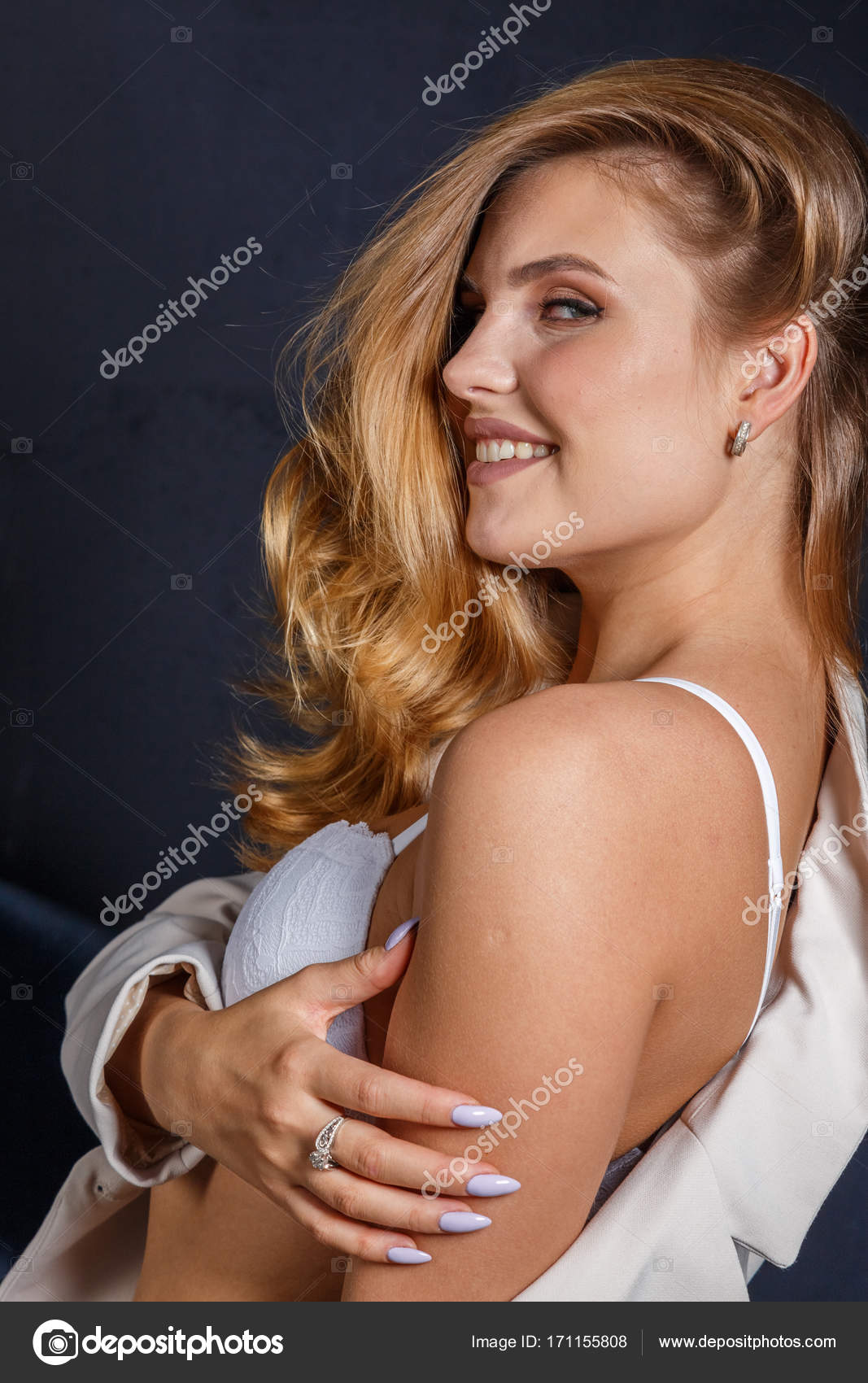 Сексуальное бландинка