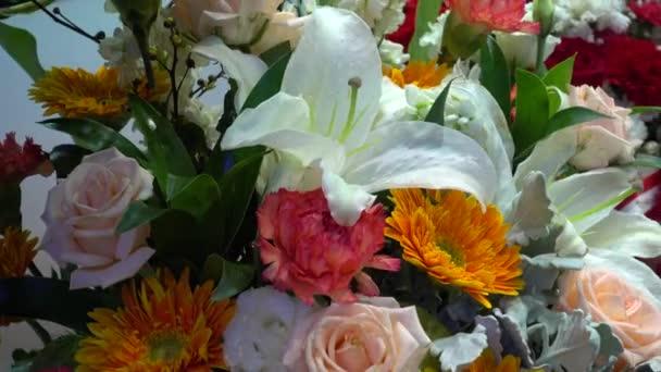 Kytice z krásné květiny.
