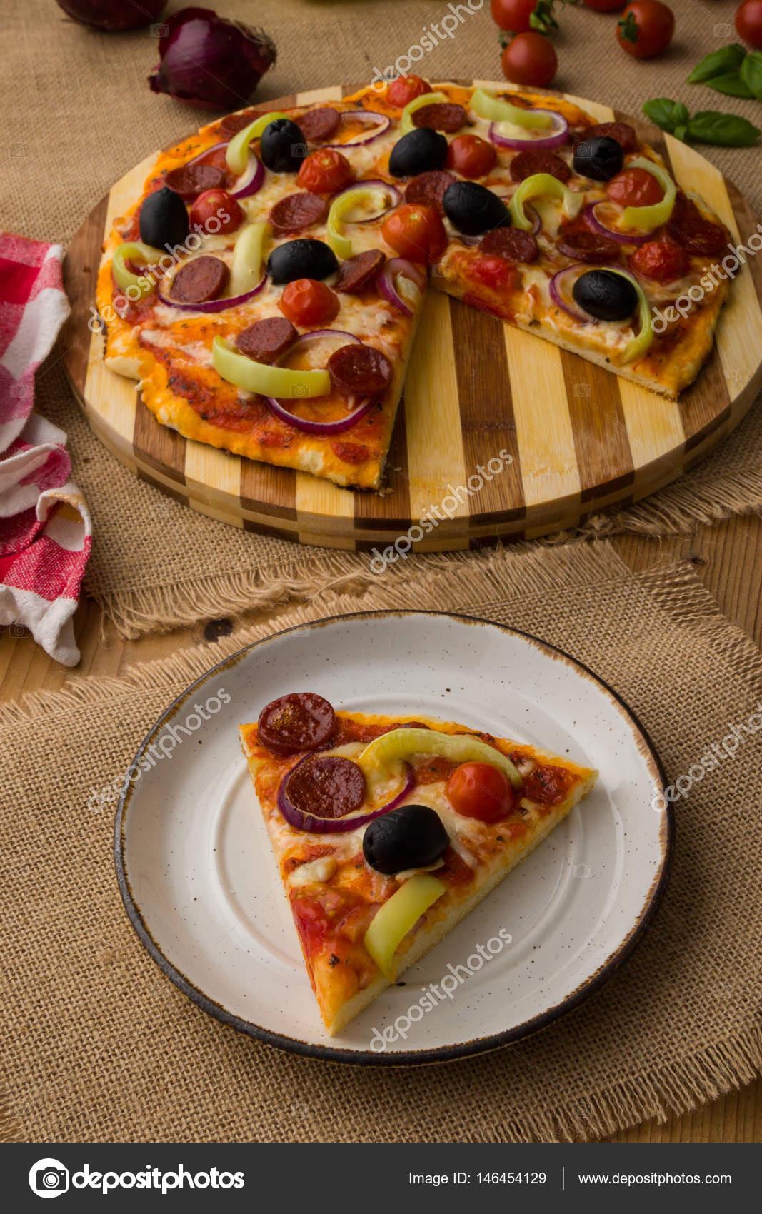 Pizza Rustik