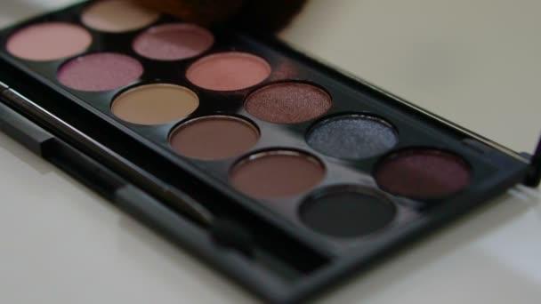 Zárja be a szín paletta kozmetikai koncepció felvételeket alkotó