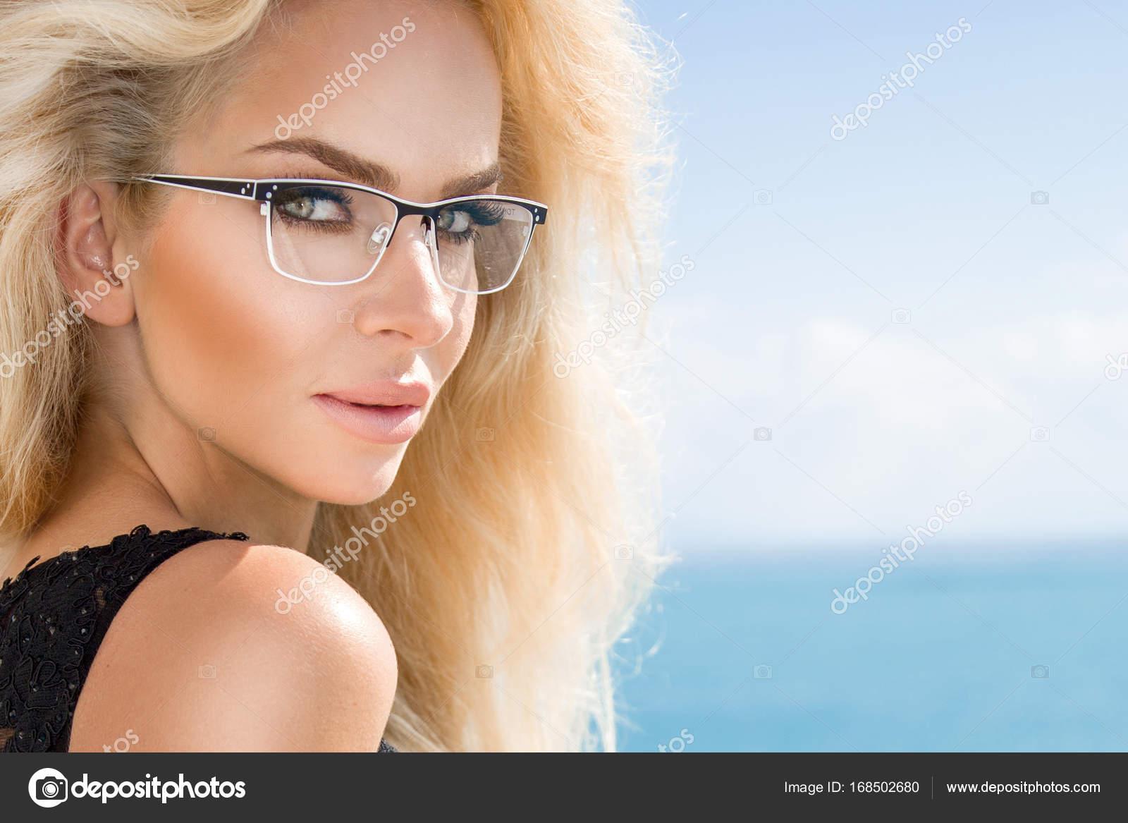 Сексуальные блондинки франции