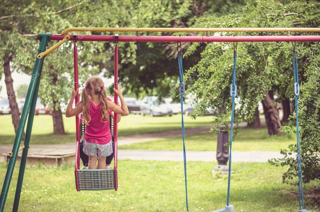 Swinging in nh