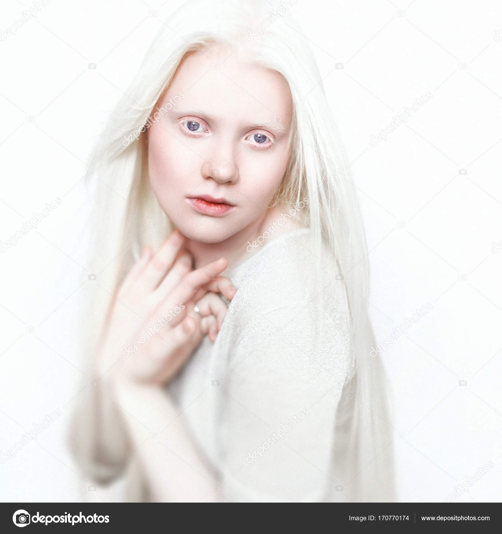 albino queen girl with white skin natural lips and white