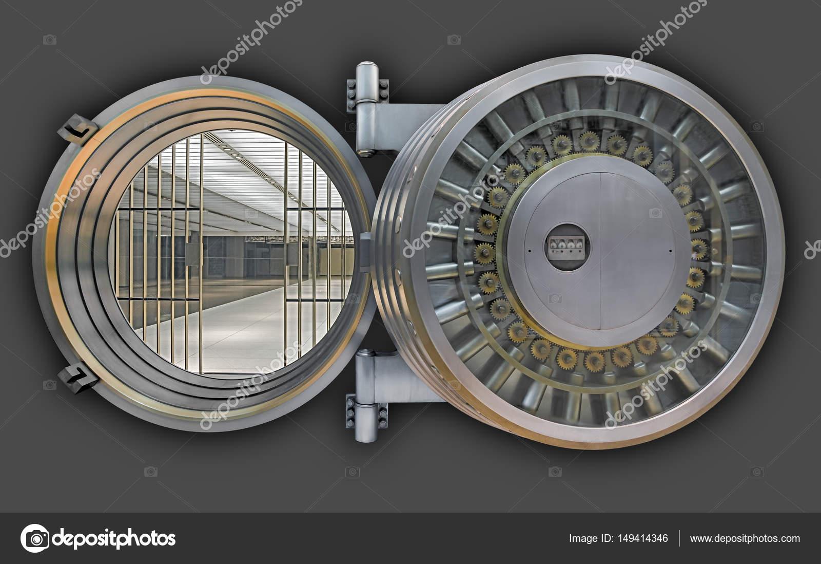 porte de chambre forte de banque — Photographie blurAZ1 © #149414346