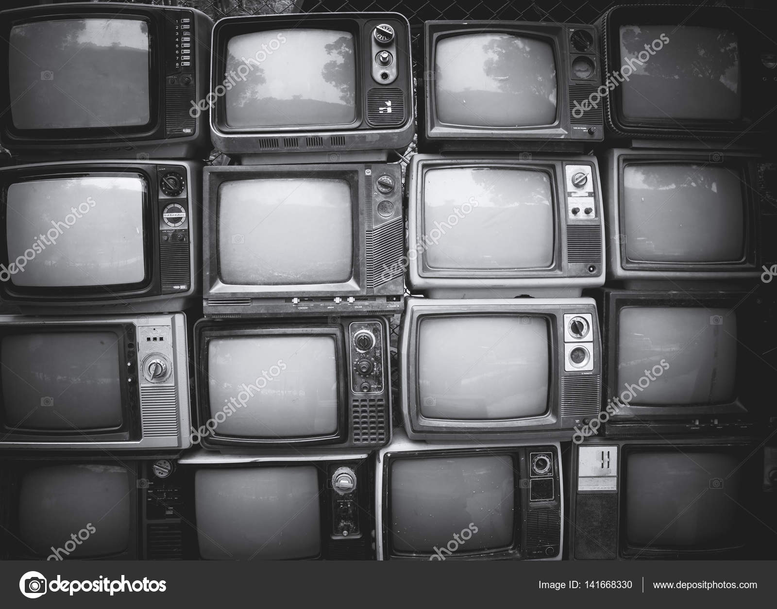Schwarz Weiss Retro Tv Stockfoto C Jakkapan 141668330