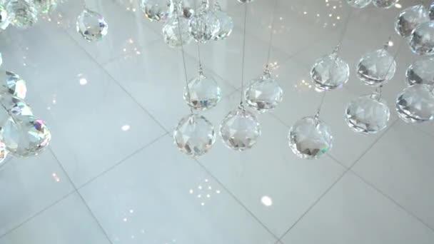 Kronleuchter Modern Kristall ~ Nahaufnahme der kristalle crystal moderner kronleuchter detail