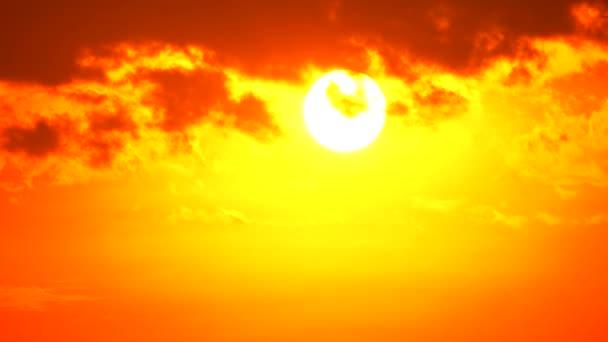 4k Sunset Alkonyat narancs sárga ég kék a gyönyörű lila természet háttér