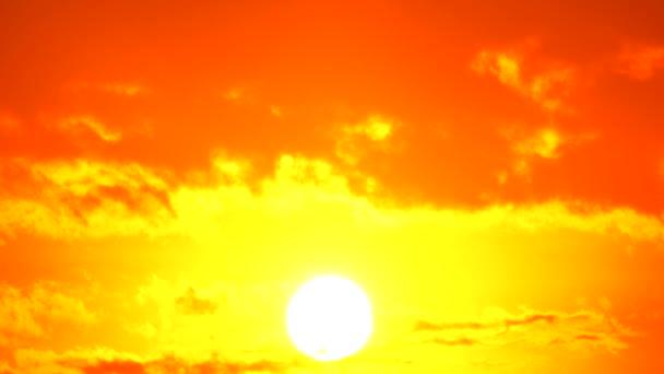 4k Sonnenuntergang Dämmerung orange gelb Himmel blau die schöne lila Natur Hintergrund