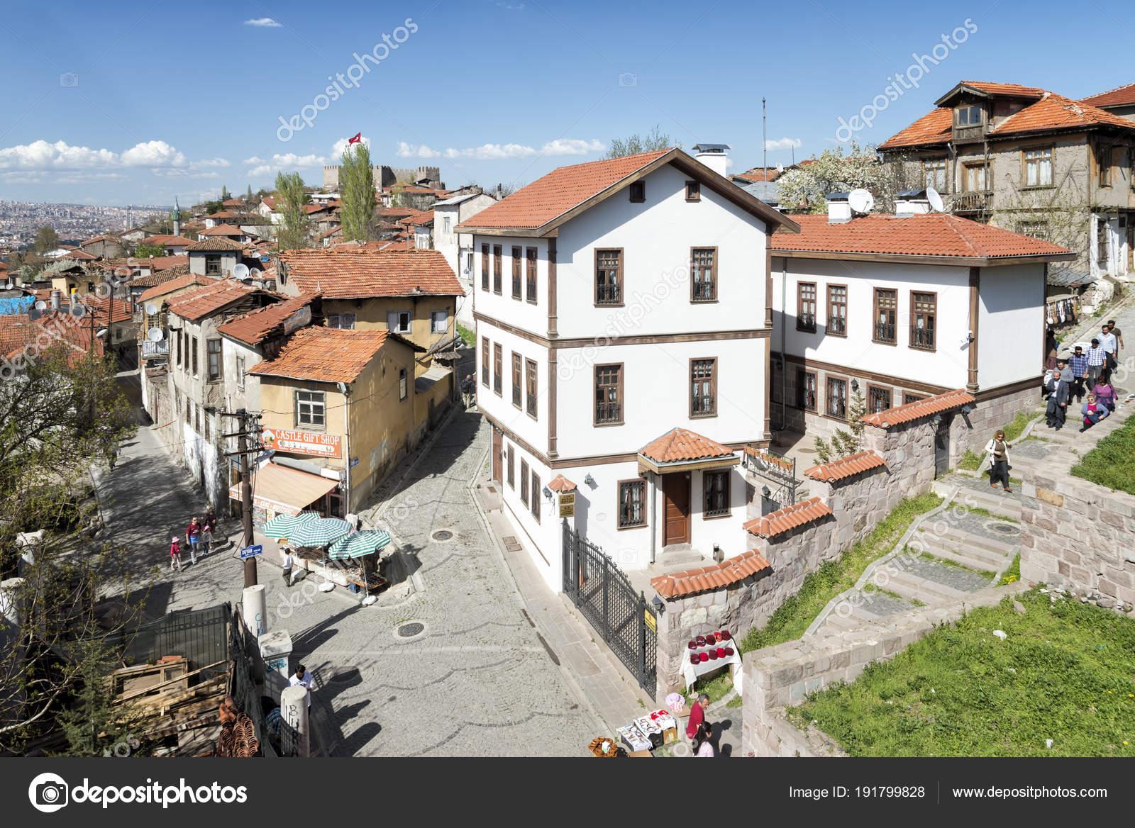 Ankara Türkei April 2018 Alte Häuser Aus Ankara Kaleici Alte ...