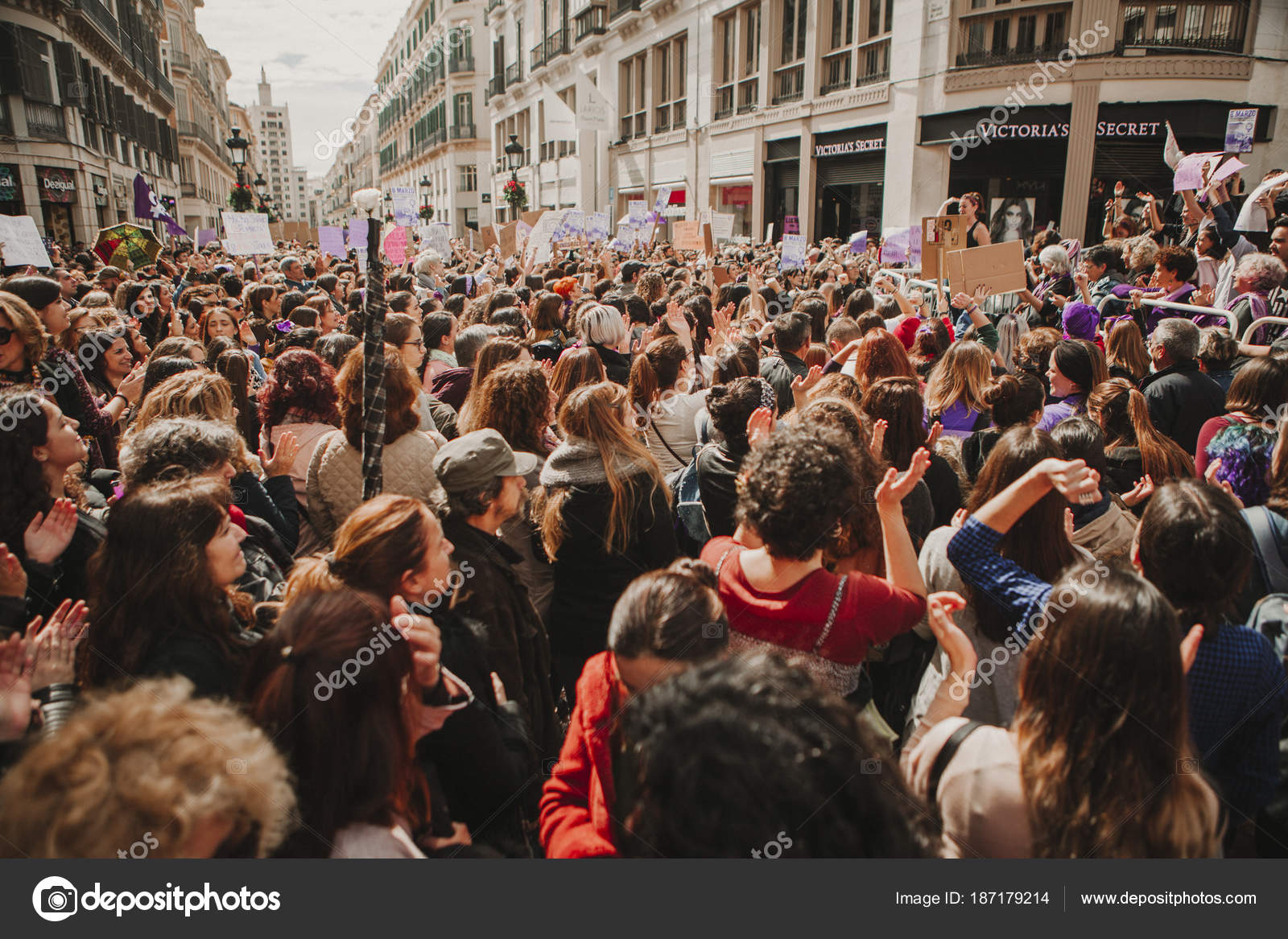 Victoria Secret Espagne Malaga malaga spain march 2018 thousands women take part feminist
