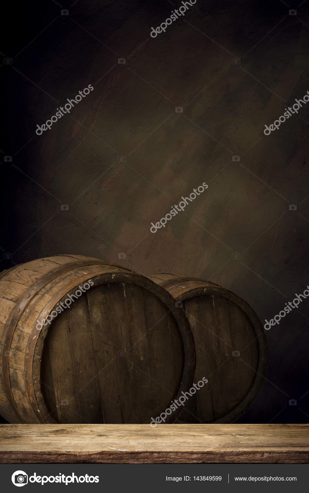 Bierton Statafel Te Koop.Houten Biervat Tafel