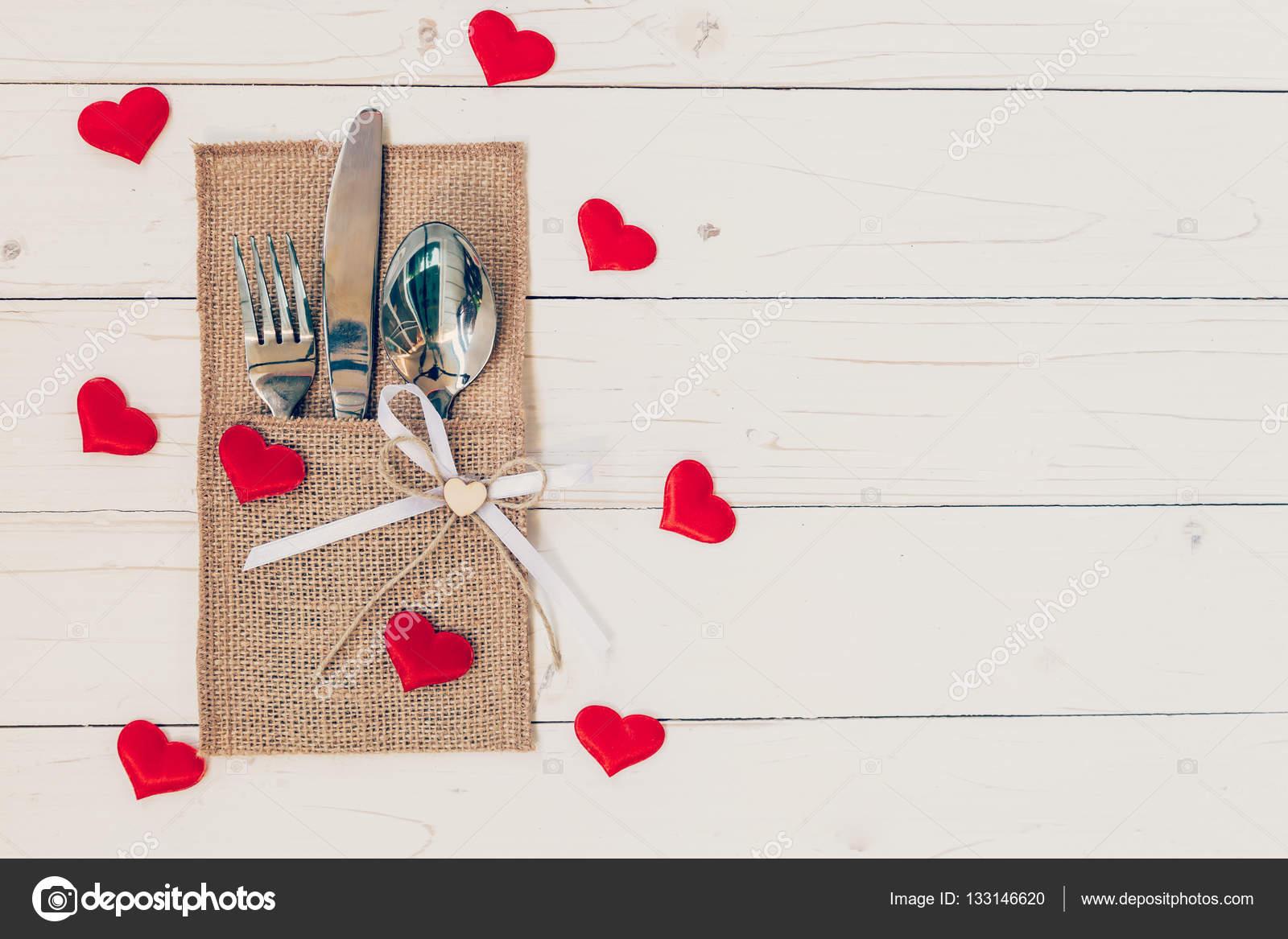 San Valentino Tavolo.Tavola Apparecchiata Per La Celebrazione Di San Valentino