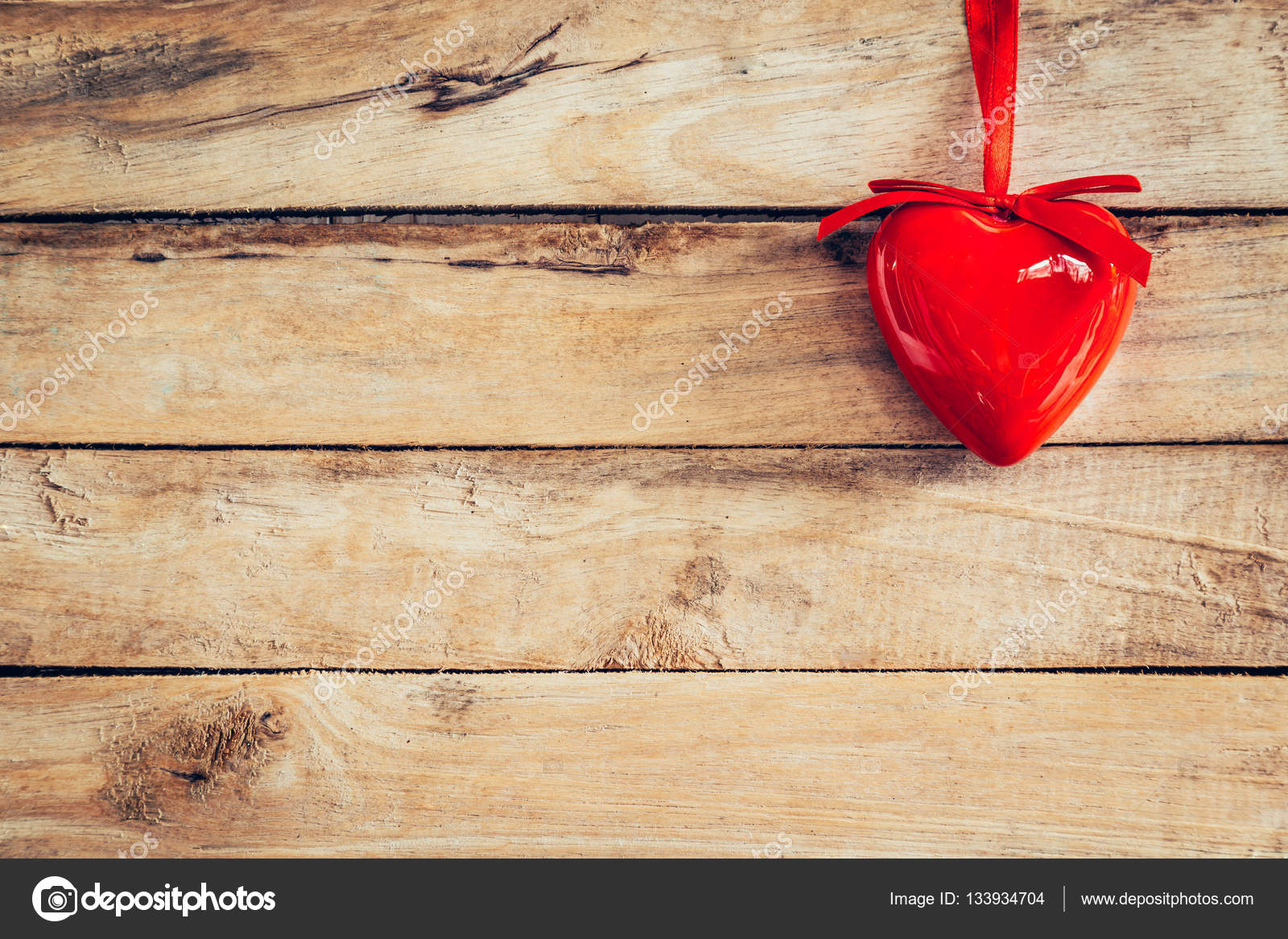 Decorative red hearts hanging on vintage wooden with space. Vale ...