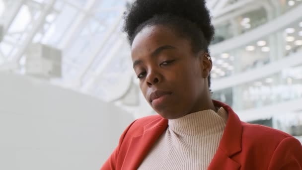 Close Up Of A Woman In A Business Attire Inside A Building