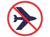 Fotografie rot kein Schild mit Flugzeug isoliert auf weiß