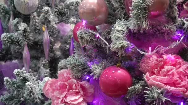 Okouzlující Růžové vánoční stromeček
