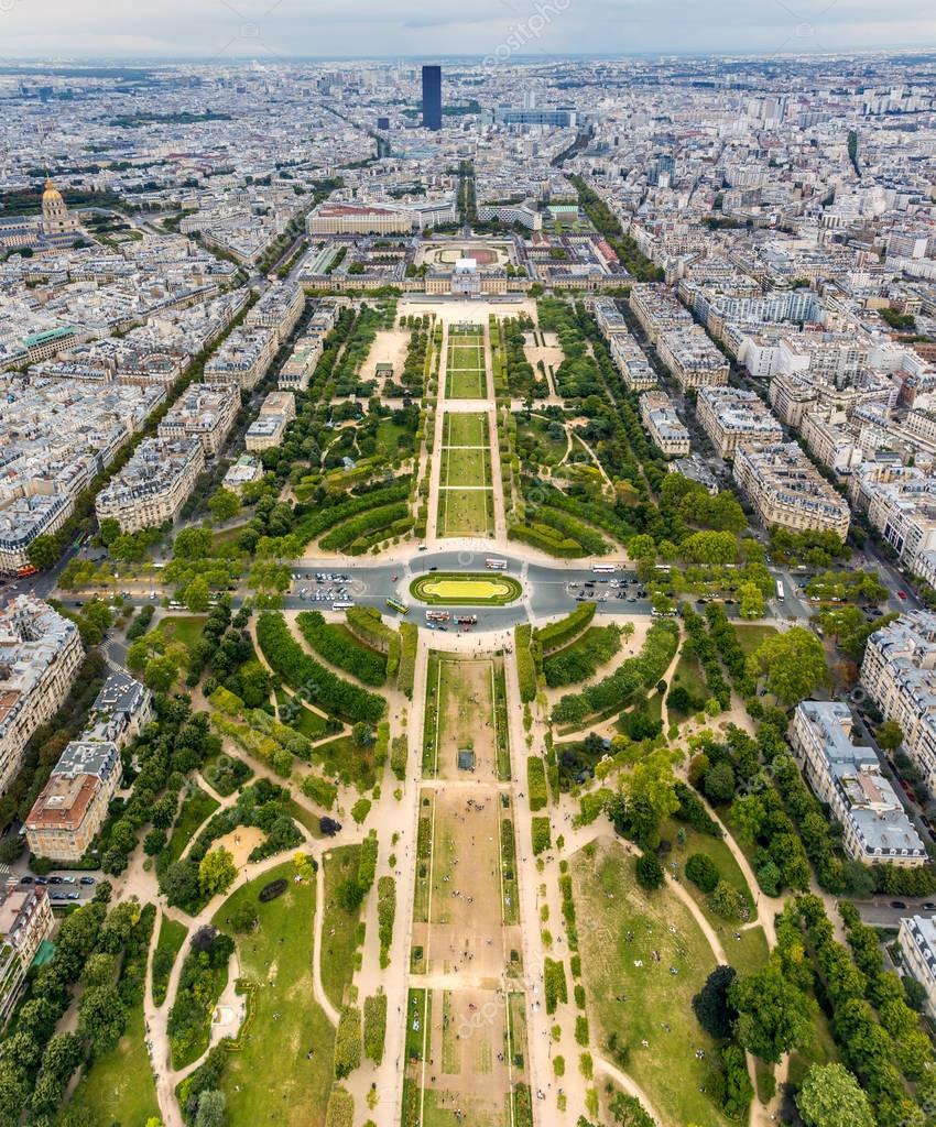 Champ de Mars à Paris– images de stock libres de droits