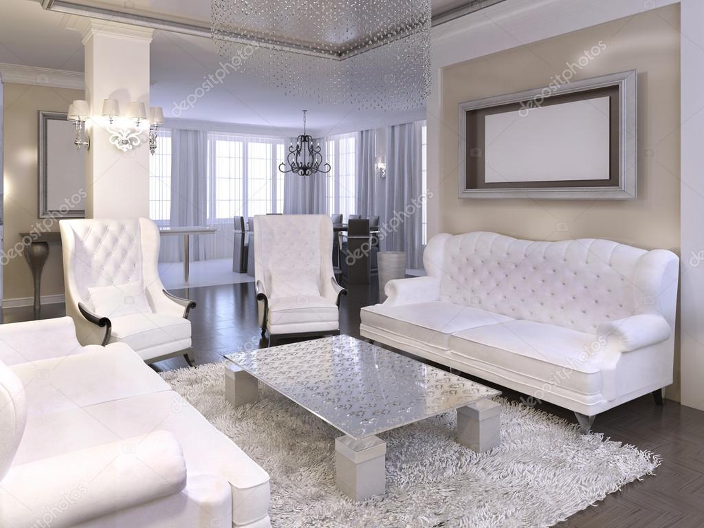 Luxe woonkamer ontwerp met witte stoelen en sofa — Stockfoto ...