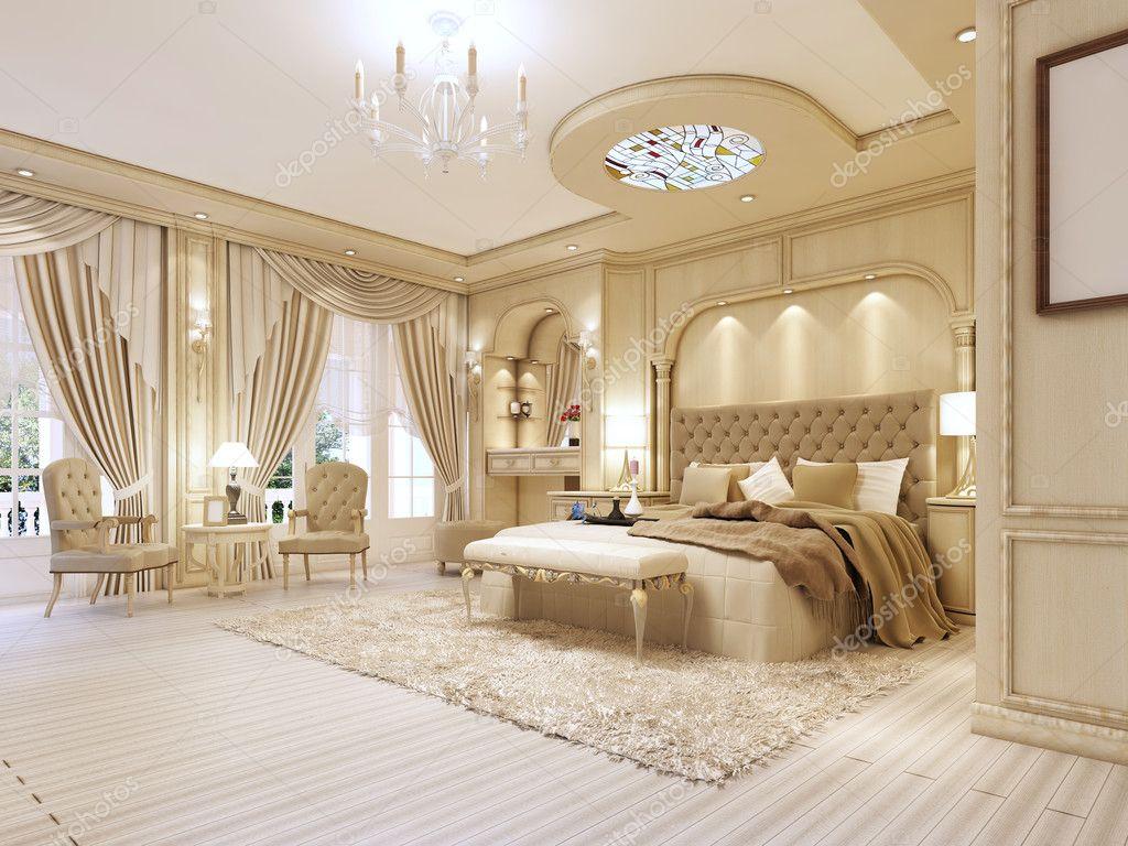 luxe slaapkamer in pastelkleuren in een neoclassicistische stijl stockfoto