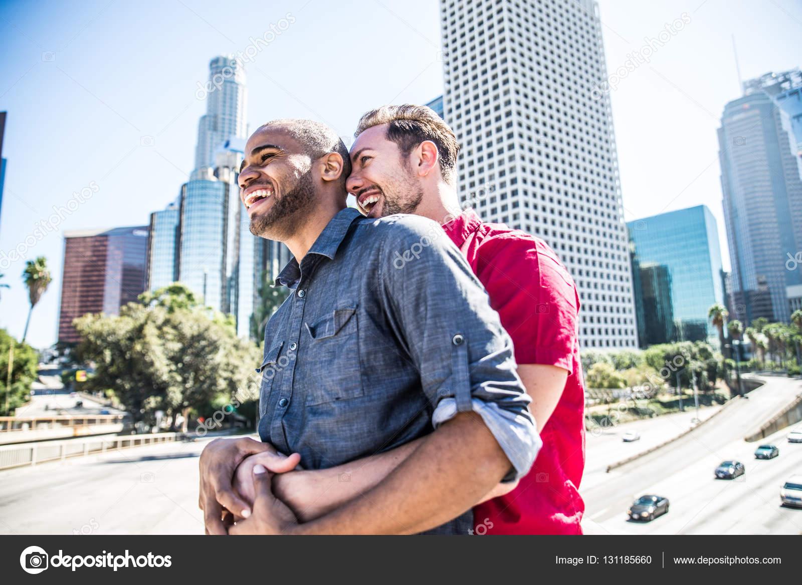 Красивая гомосексуальная любовь