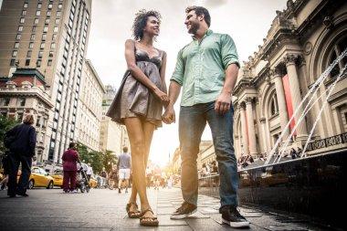 Couple walking in New York
