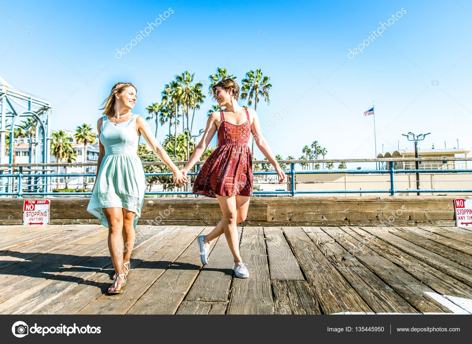 Lesbianz sexu naked images