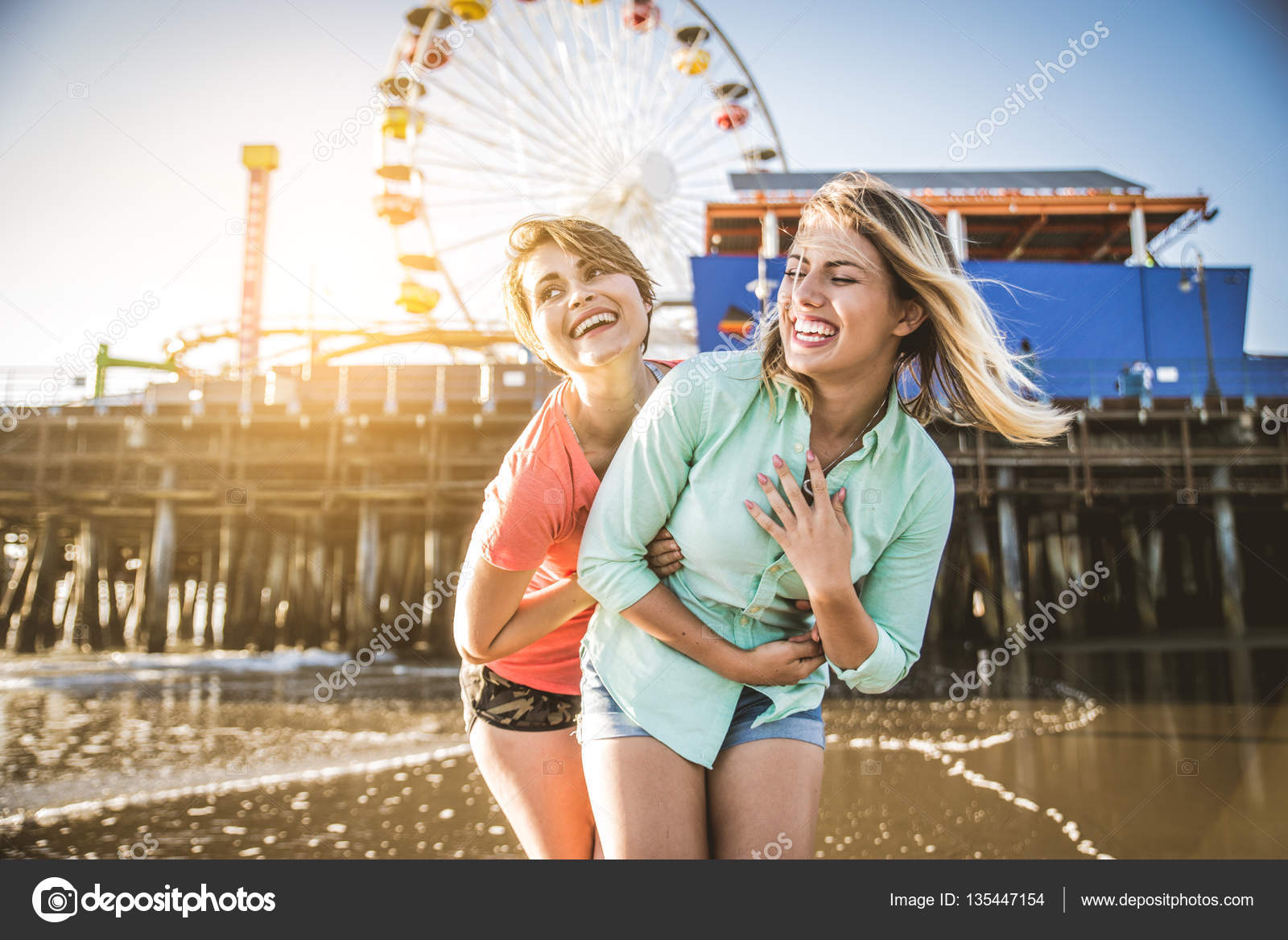 ραντεβού με την παραλία χρονολογώντας ένα Ρόλεξ με αύξοντα αριθμό