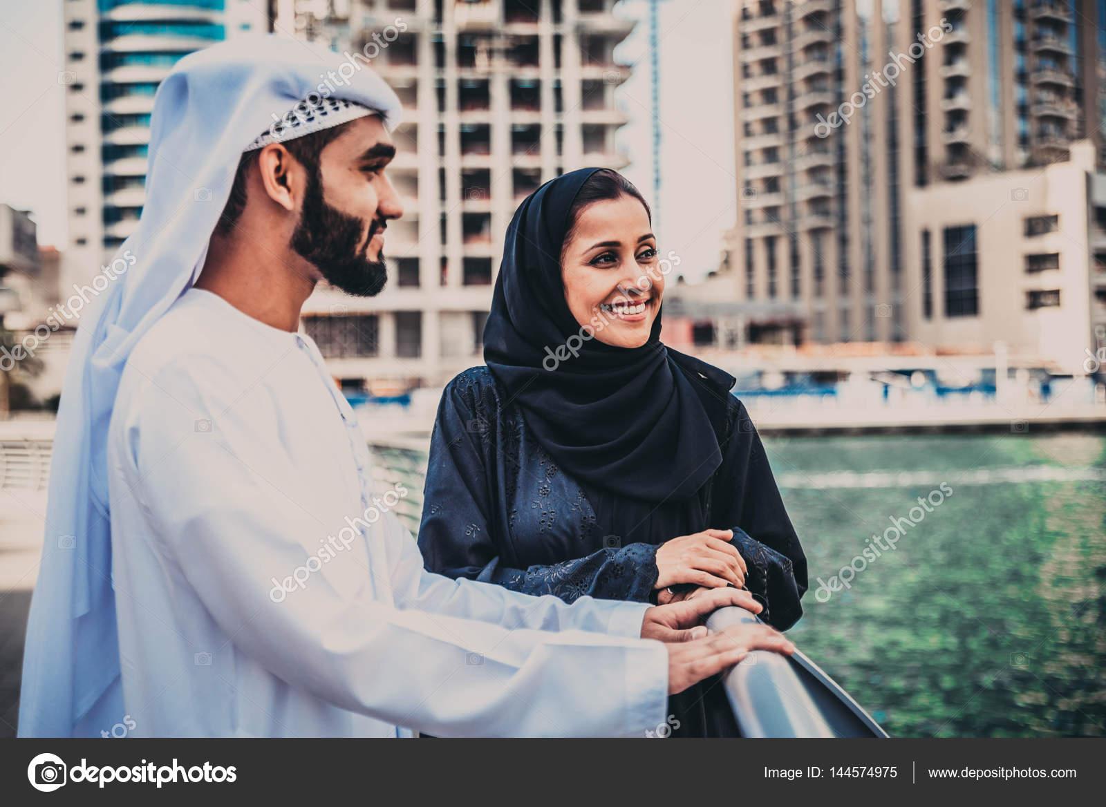 arab seznamka Dubaj randění pro vdané osoby