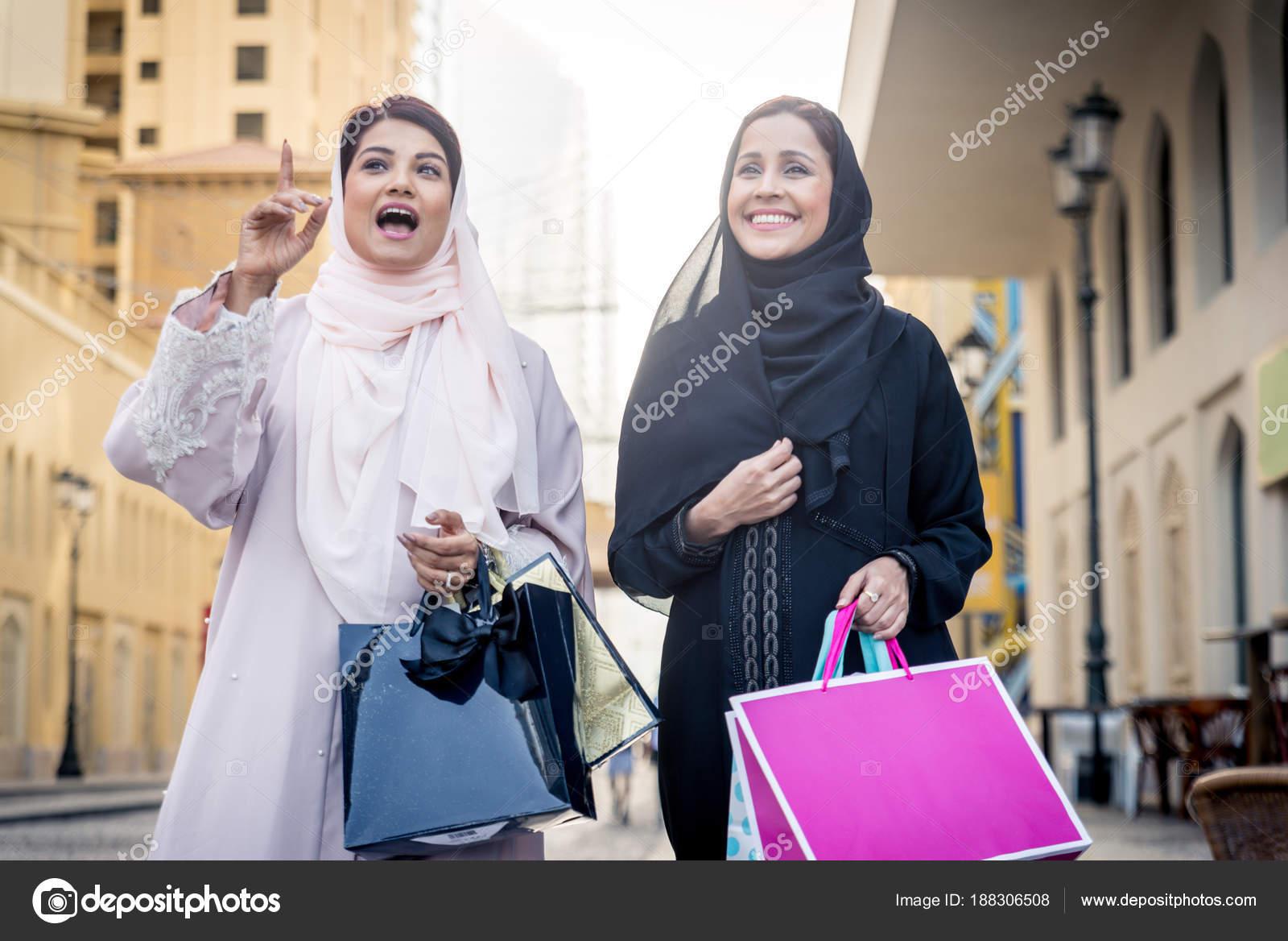 Spaßmädchen in Dubai