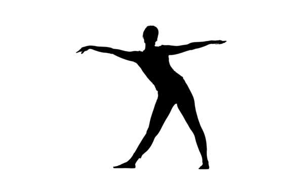 Dívka ukazuje pozici trojúhelníku. Silueta