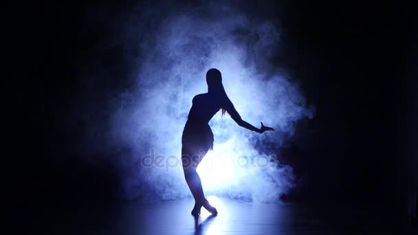 Sexy baile de chica - 2 3