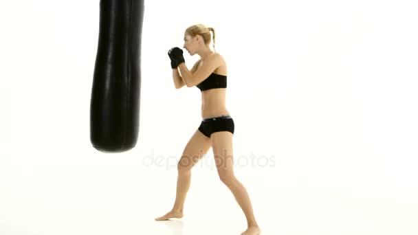 тренировка спортсменок видео