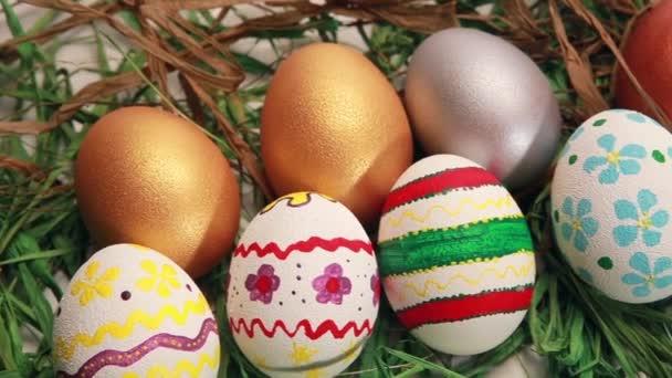 húsvéti tojást fű