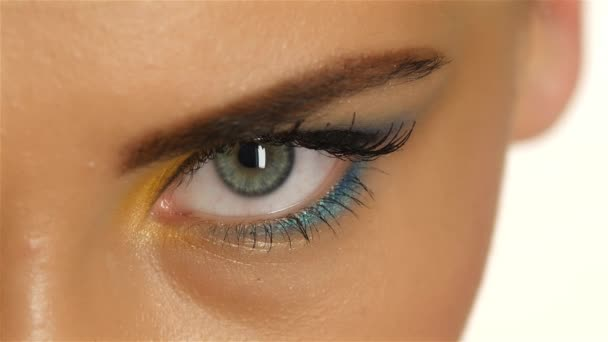 girls with gray eyes