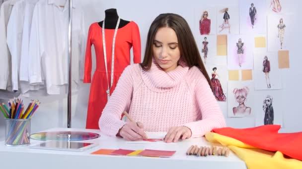 Designer rotes kleid