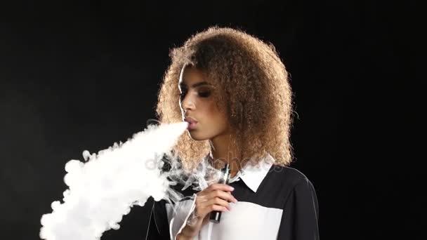 černé dívky kouření