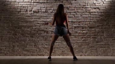 Сексуальные движения для танца