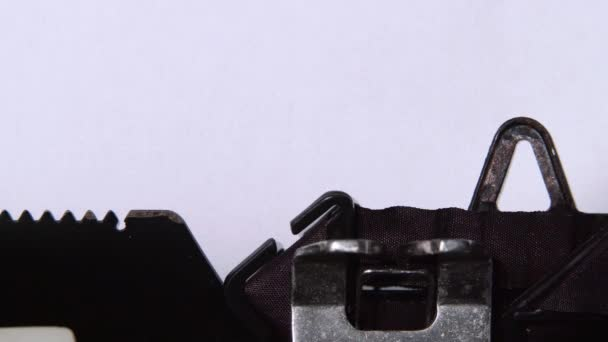 Szó valódi nyomtatott-ra egy írógépet. Közelről