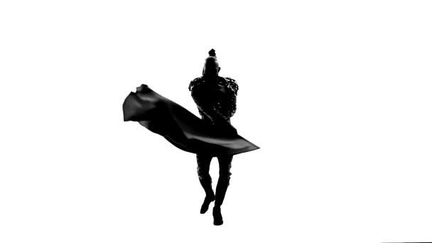 Silueta Tančící muž v kostýmu toreadora. Izolováno na bílém pozadí v celé délce. Zavřít, zpomalit..