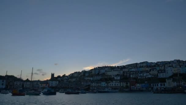 Time lapse of the harbor of brixham in devon, England .