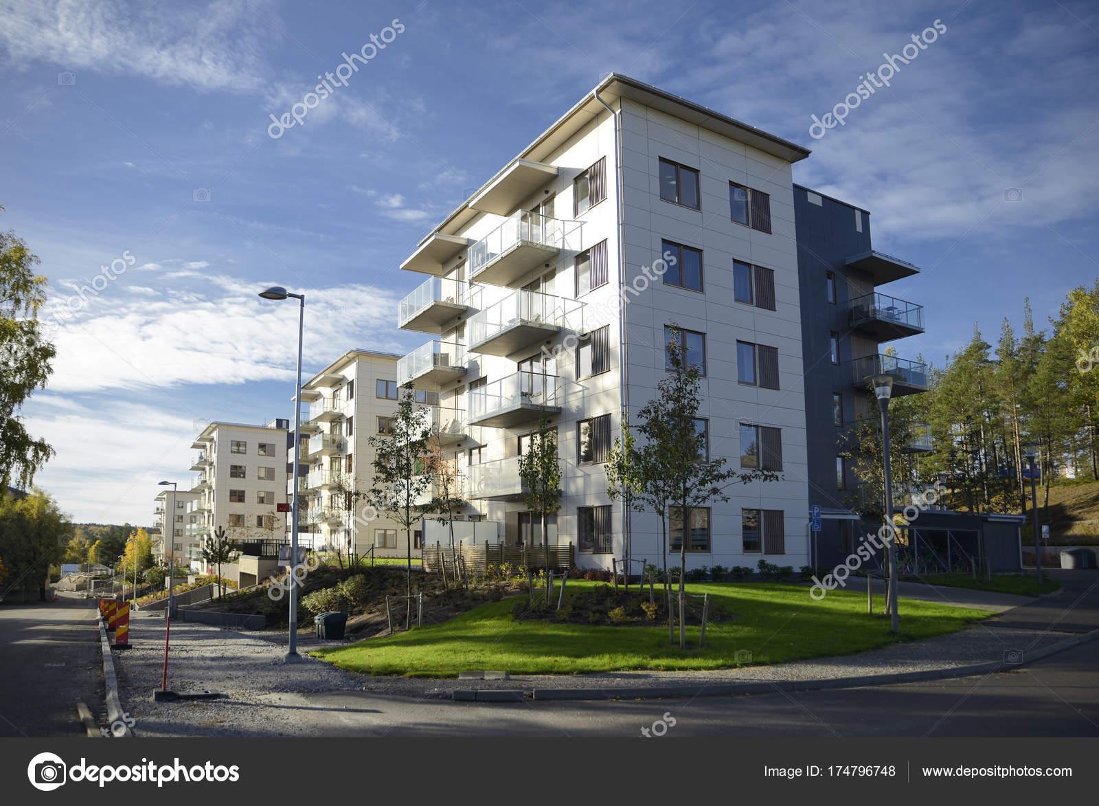 Großartig Moderne Mehrfamilienhäuser Sammlung Von Sind Mehrfamilienhäuser Stockholm Schweden — Stockfoto
