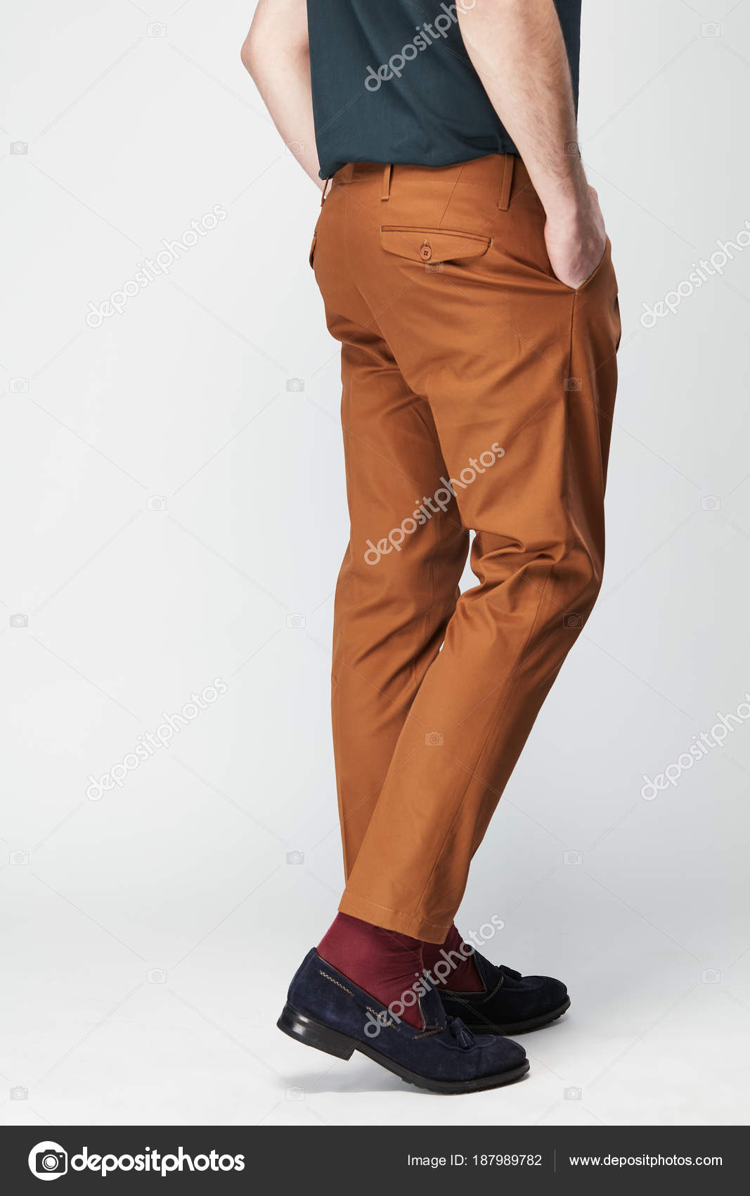 Ha Calze Foto Sparato Dell'uomo ArancioneRossi E Pantaloni Bianca Studio BluPriorità Di Scarpe Bassa — Marrone Lo In OiZuTkPX