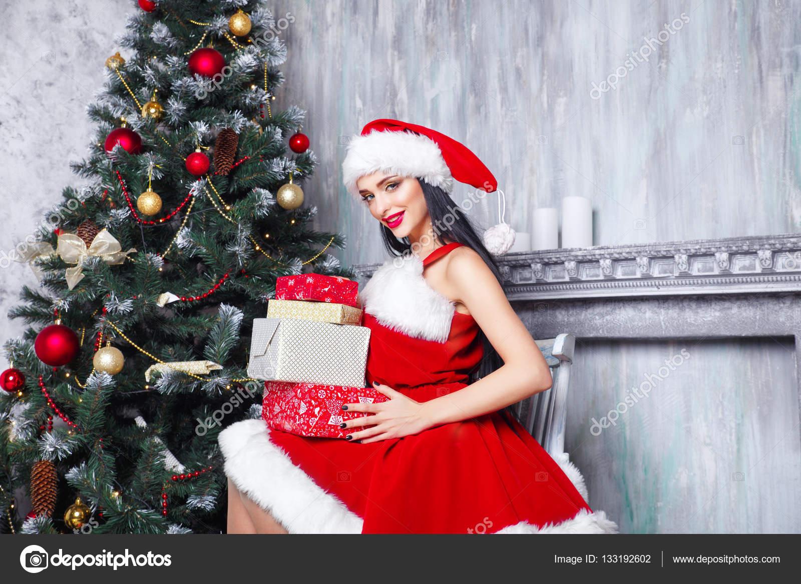 Immagini Natale Donne.Bella Ragazza Sexy Indossando Abiti Di Babbo Natale Donna
