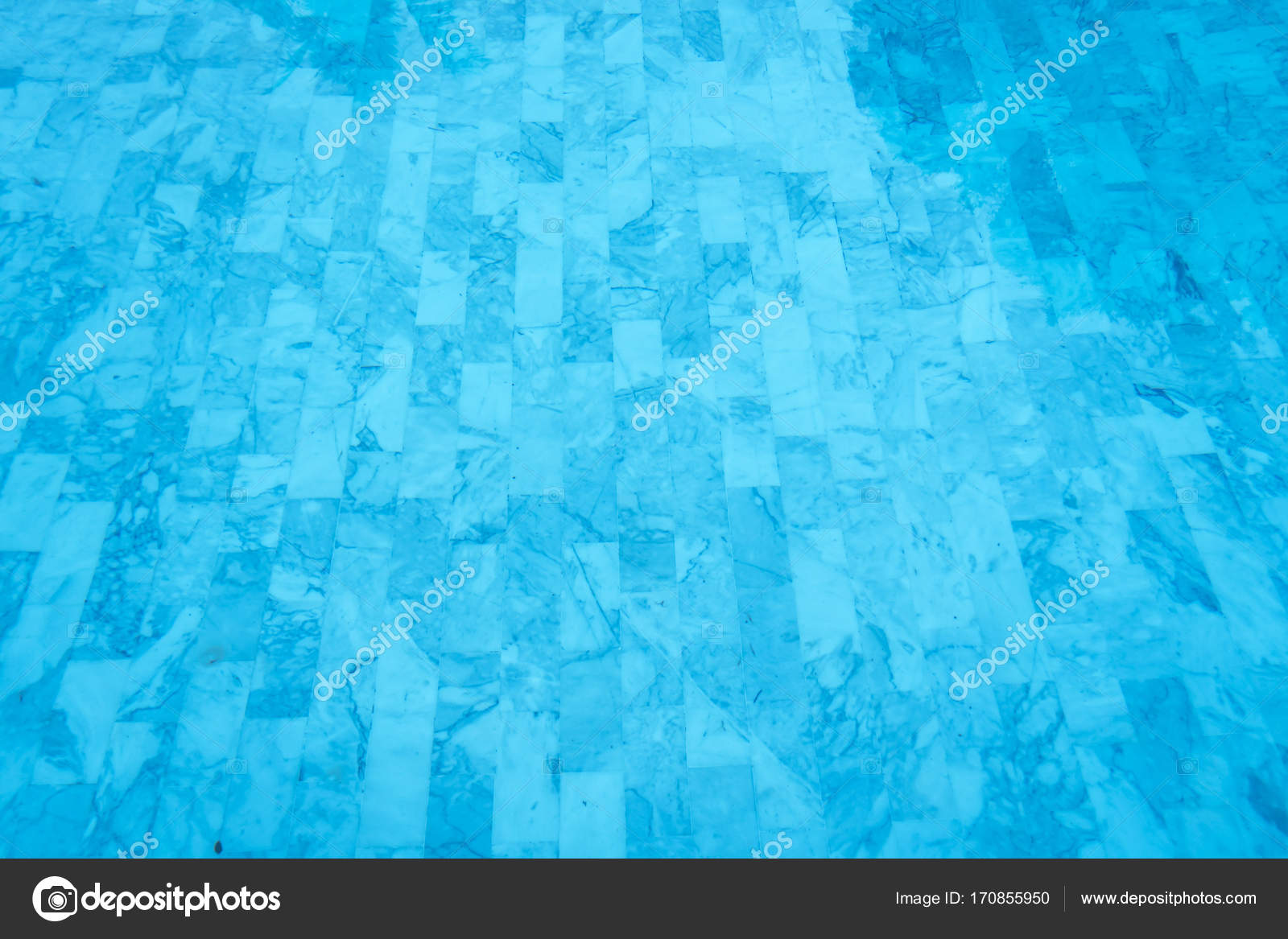 Bellissima piscina acqua e fondo piastrella il fondo u foto stock