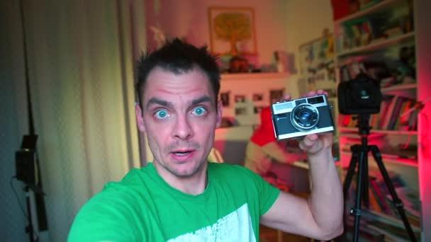 Video B319125916