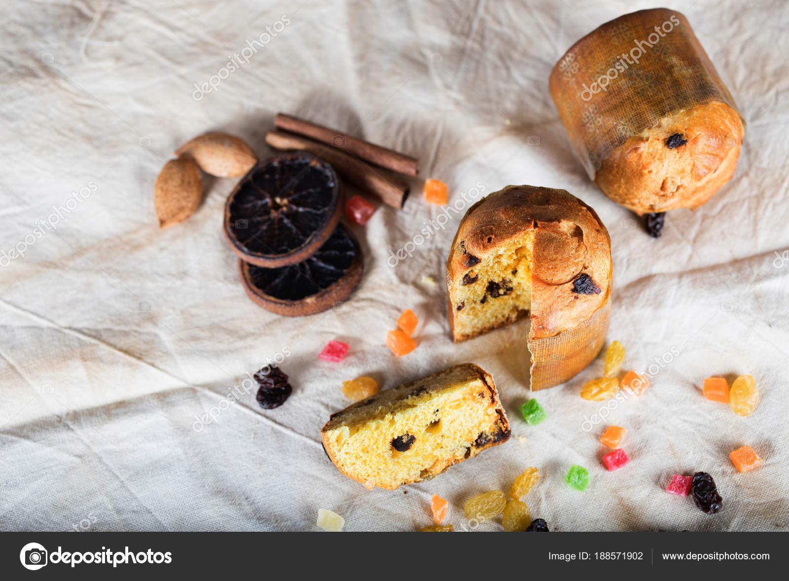 Traditionelle Italienische Weihnachten Susse Kuchen Auf Einer